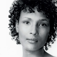 "Women for Peace mit ""Wüstenblume"" Waris Dirie - Tickets"