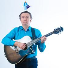 Thomas M. Strobl - Kommt sing mit - Die Musik-Schmäh-Mitsing-Show